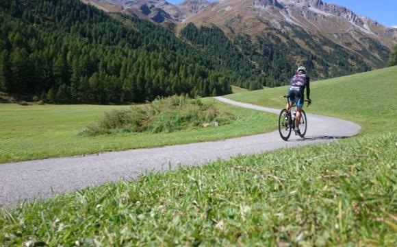 at-obervinschgau-mountainbike-dreilaendertour-ofenpass-rennradtour-01