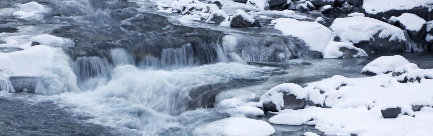 winter-fluss-vinschgau-fb