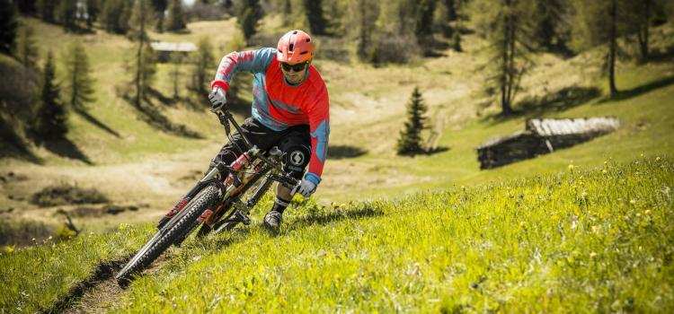 mountainbiken-enduro-reschenpass-tb[2]