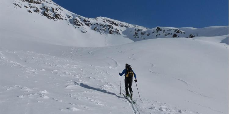 Tella Peak ski tour