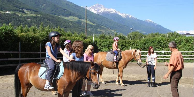Horse-Riding at the Vill farm in Silandro
